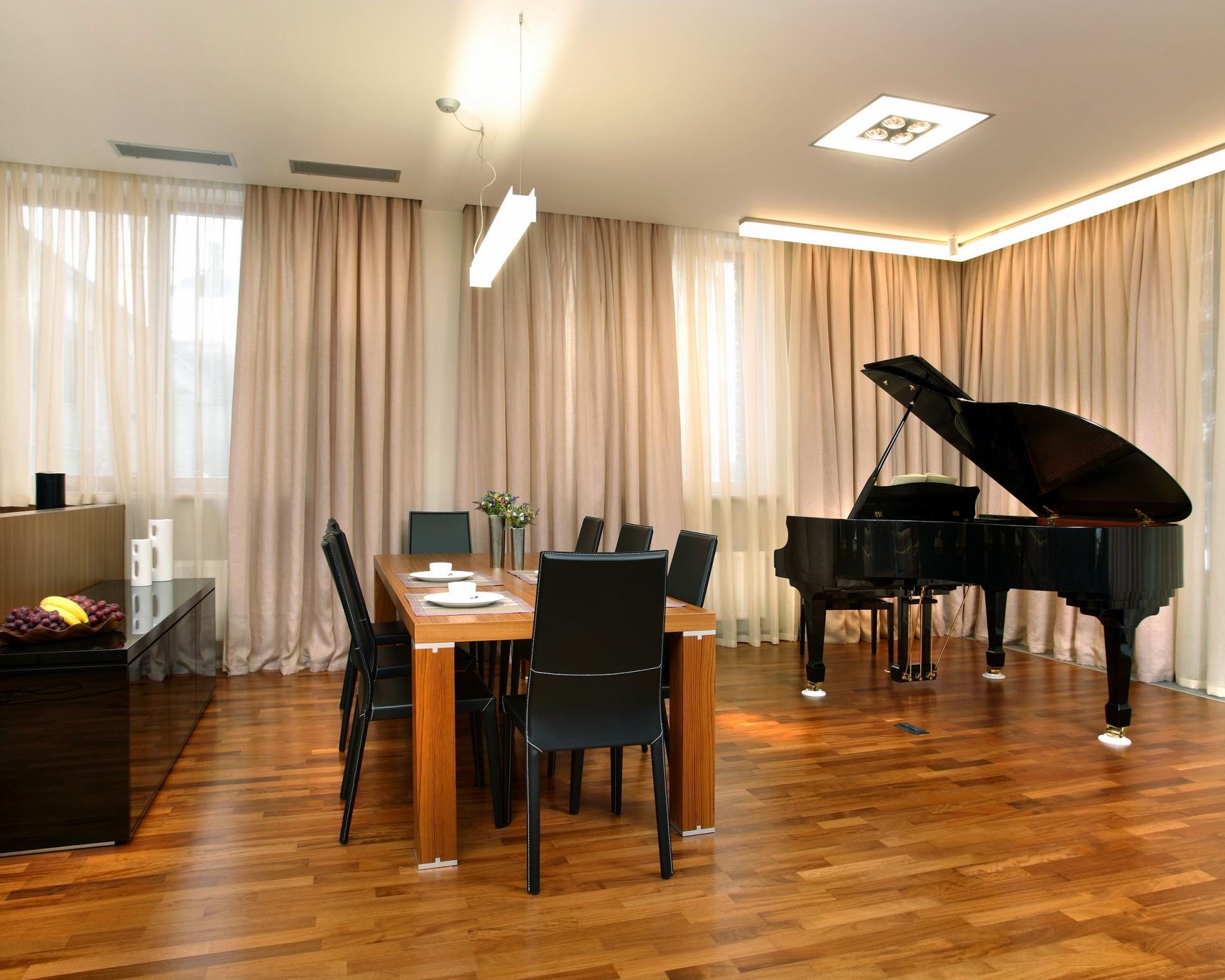 Черный рояль в интерьере минимализм