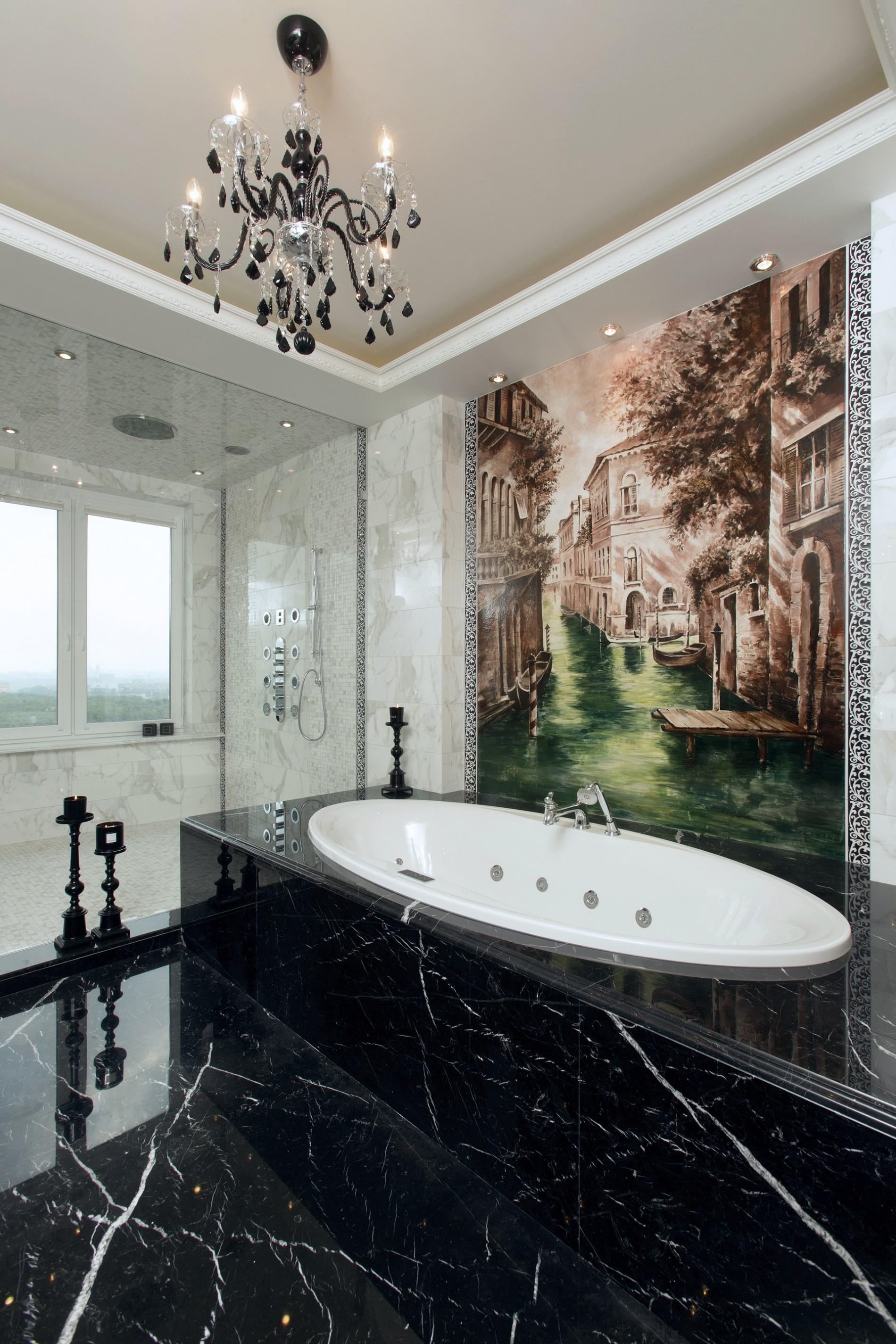 Художественное панно в ванной комнате в классике