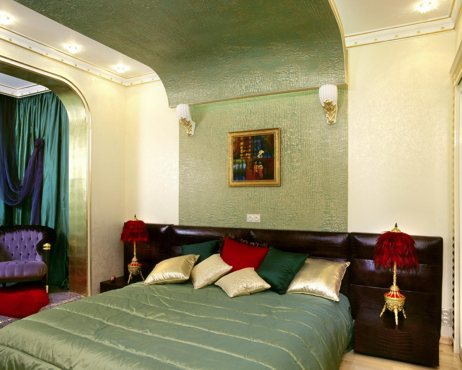 Фисташковая спальня от дизайнера