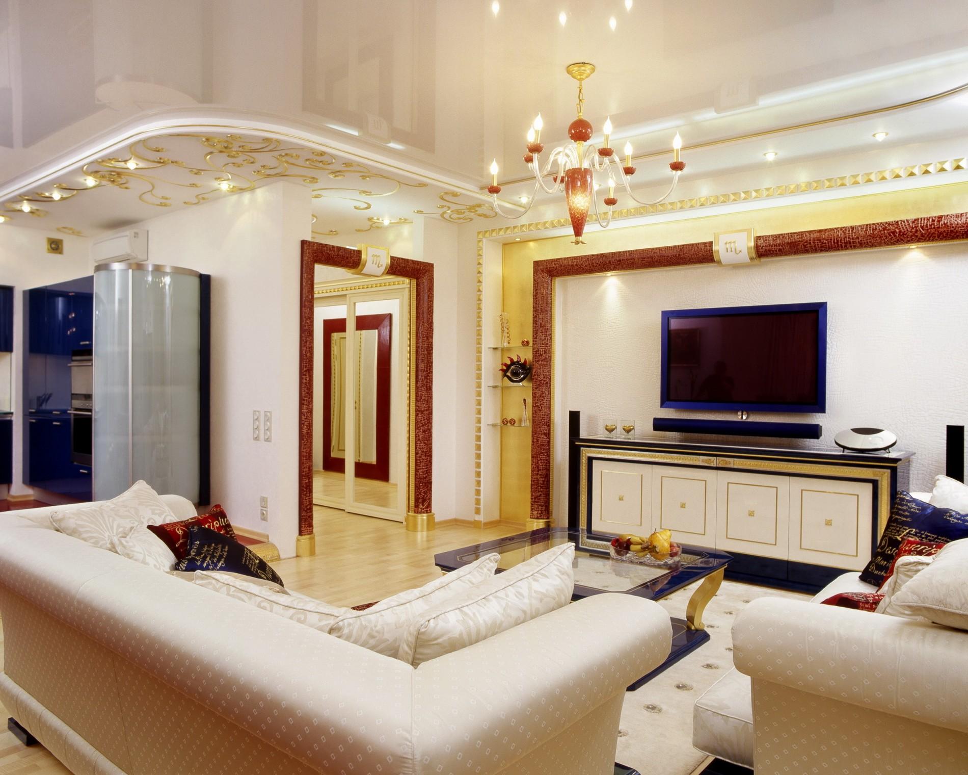 Золотые стены в гостиной в стиле ар деко