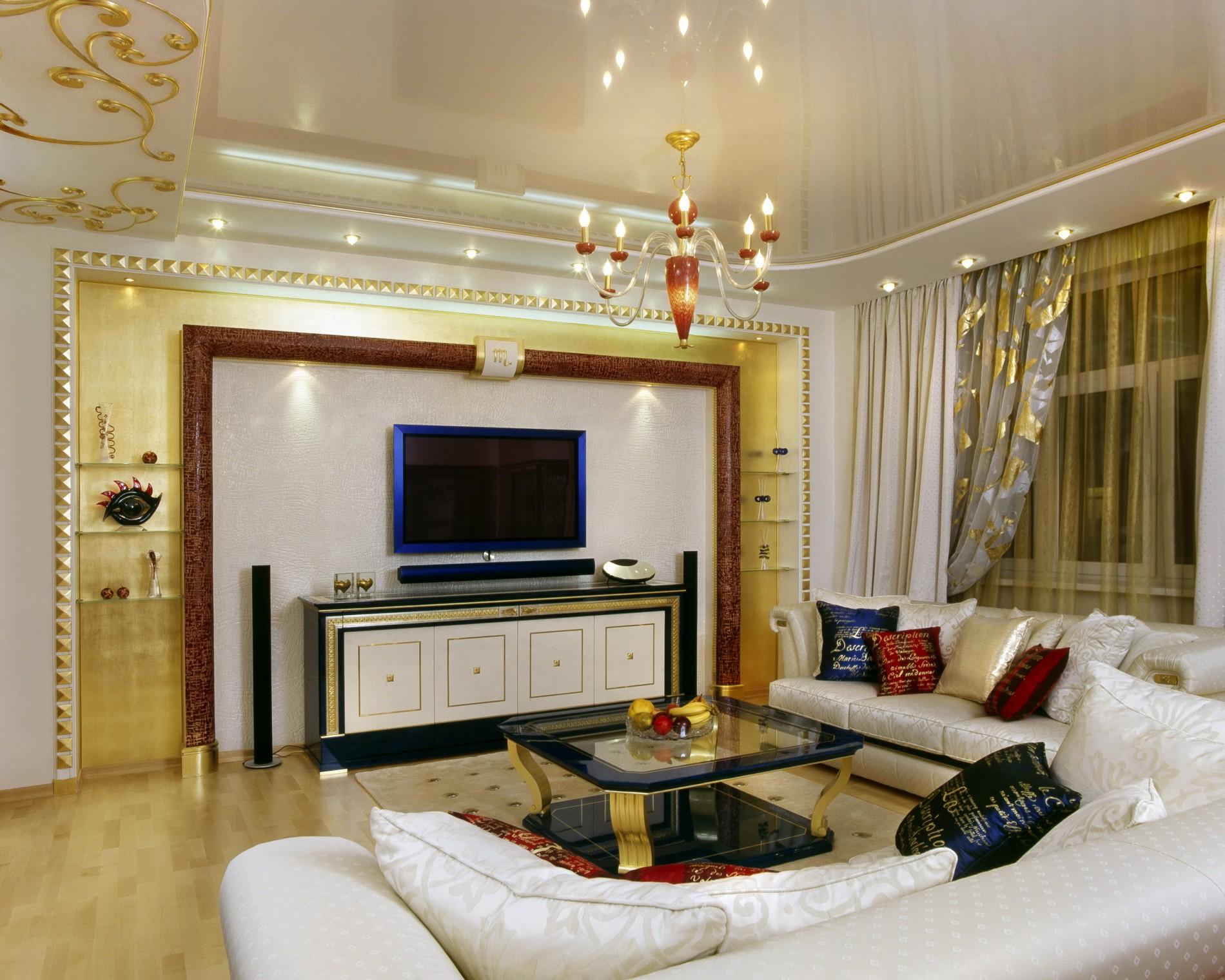 Золото в интерьере реальной квартиры