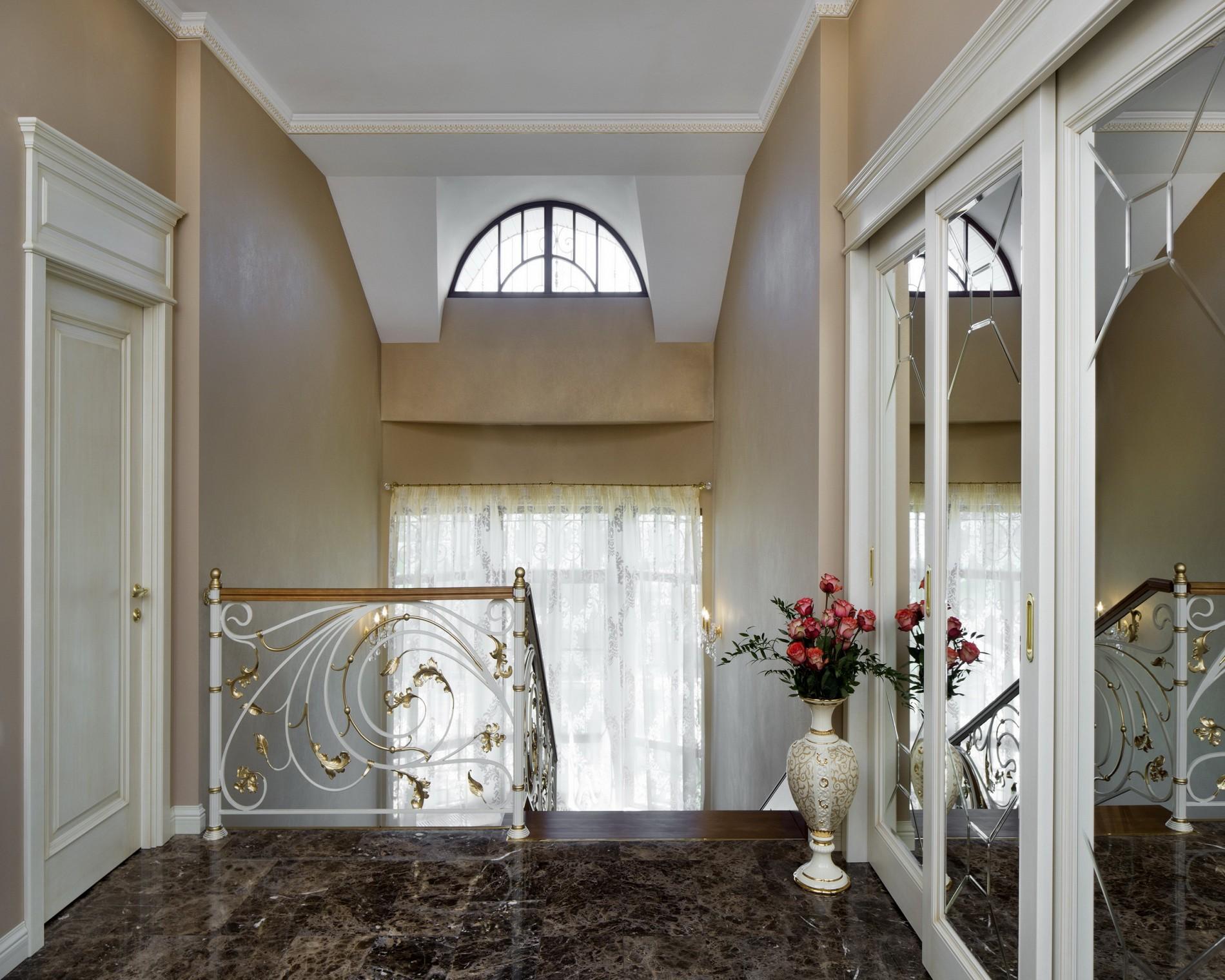 Лестница   в классическом стиле